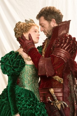 "leaseydoux:  Léa Seydoux and Vincent Cassel for ""The Beauty and the Beast"" - first picture!  The beauty is the one with a beard, right?"