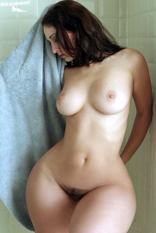 Tiny waist huge ass