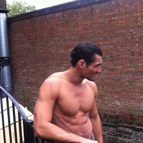 tumblr mn6jw8mxVi1qg22hlo1 500 David Gandy