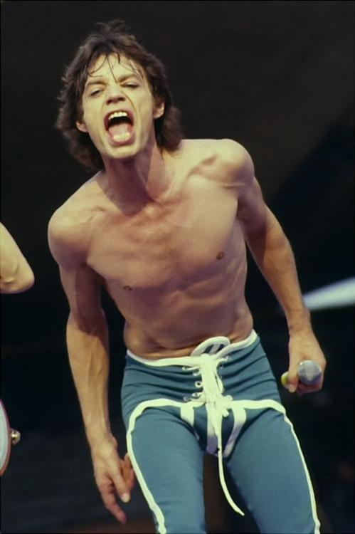 thefactoryofrollingstones: Mick jagger on stage