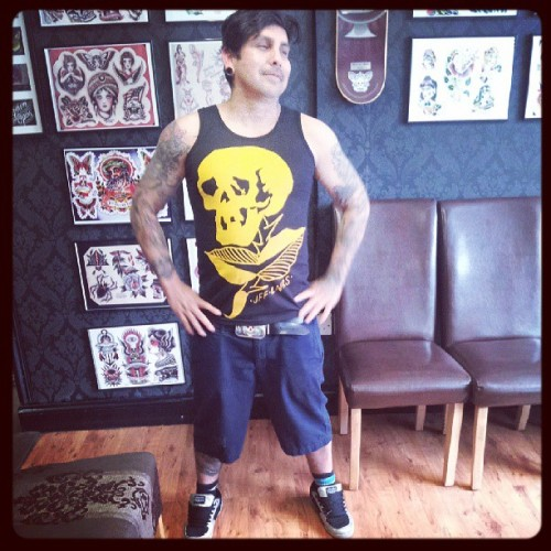 Jeff Linares modeling the new line of Jeff Linares t-shirts. #tattooer #tattooedboys #tattoobrand #tattooswag