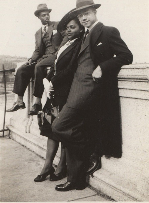 blackhistoryalbum:  Harlem Style 1930's via Waheed Photo Archive via Black History Album, The Way We WereFollow us on TUMBLR, PINTEREST