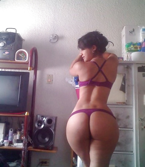 whootylicious:  love those venus dimples…she's whootylicious