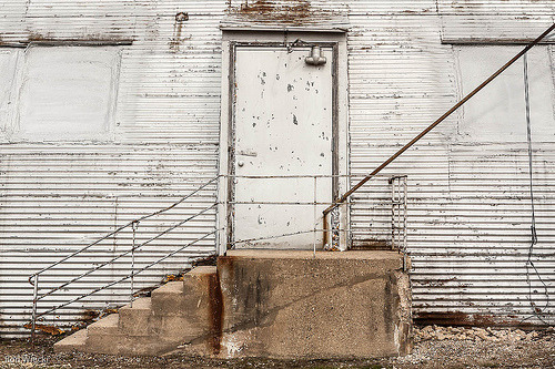 my first Flickr Exploredoor with diagonals, originally uploaded by Ron Wiecki.  Well, after how many years, I've had a…View Post