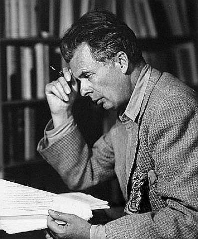 Aldous Huxley Reading