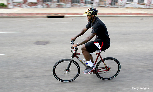While Kobe's taking a helicopter to games, LeBron's riding his bike. via @Suga_Shane