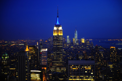 fdny:  The Empire State Building beautifully lit yellow, white and blue with a siren halo for EMS Week on May 20, celebrating the critical work of FDNY paramedics and EMTs. For more information about the Empire State Building and Lighting Partners program, visit www.esbnyc.com.