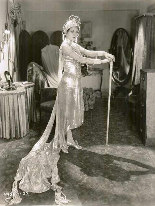Billie Dove in what looks to be a fabulous lamé gown
