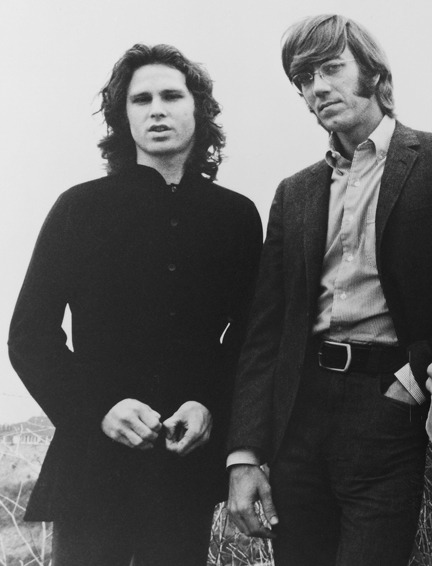 beatles-queen:  honkforclassicrock:  Now Ray Manzarek and Jim Morrison can make beautiful music together in another world. Rest in the peace that your music brought to so many people, Ray.   Gosh, why? that's so freakin' sad