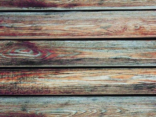 this-is-the-thyme:  turquoise washed wood