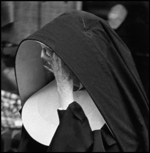 Nun for today. Elliott Erwitt - New York City, 1949. … via Magnum Photos