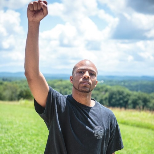 http://www.buzzfeed.com/hnigatu/one-artists-journey-to-photograph-the-black-men-of-america?utm_term=3m75i39%231duxrq8&s=mobile The photo project I was a part of made Buzzfeed and Upworthy.com today. Check it out.