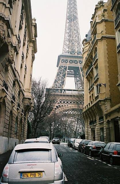 ambiants:  Tour De Eiffel by Purple Deer on Flickr.