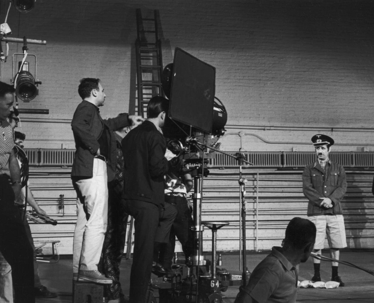 fuckyeahdirectors:  Mel Brooks on the set of The Producers