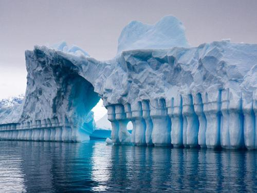 wuxshen:  Pleneau bay, Antarctica View Post