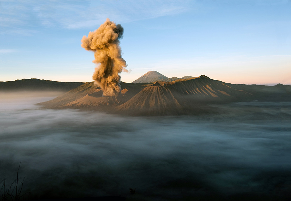 Photo of the Day: Eruption of Mount Bromo in Indonesia An Editors' Pick from our 2012 Photo Contest Photo by Weiseng Chen (Puchong, Malaysia);  Mount Bromo, Bromo-Tengger National Park, Java, Indonesia