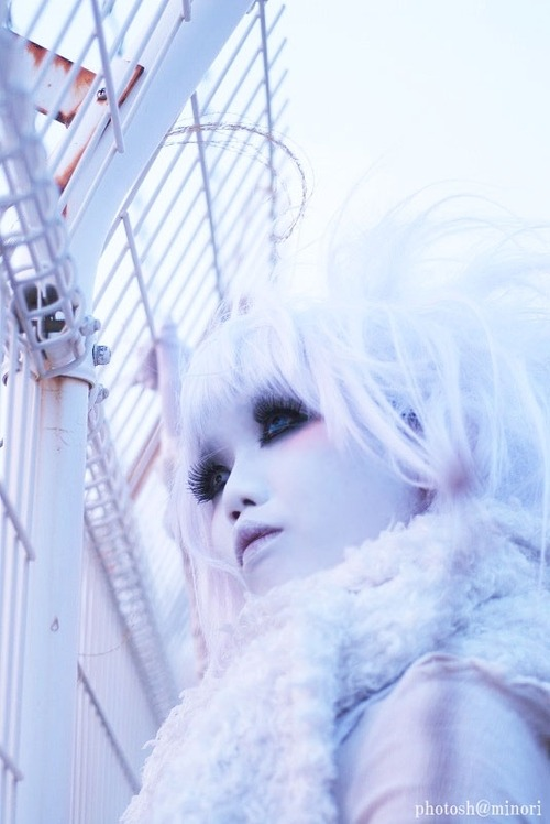 (via minori*Gallery)