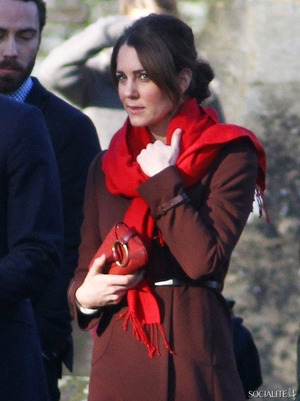 I love the her in red, it's such a good colour on her.
