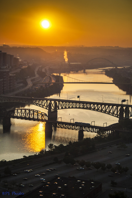 pittsburgh-love:  Good Morning, Pittsburgh by benpsut