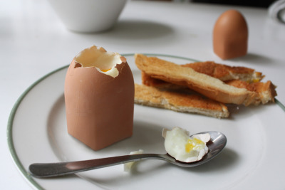 Ummm good or bad? (via genetically modified egg by dominic wilcox)