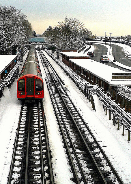 Central Line Train by markdbaynham on Flickr.