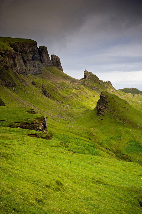 bluepueblo:  Isle of Skye, Scotland photo via mary