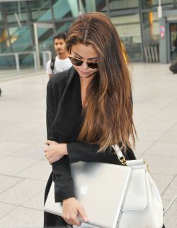 suicideblonde:  Selena Gomez in London, May 21st
