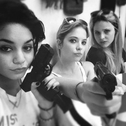 r-e-ality:  serenespirits:  spring breakers!   Can't wait for the movie !!!!