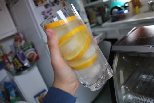 sinkforever:  i made lemonade yay