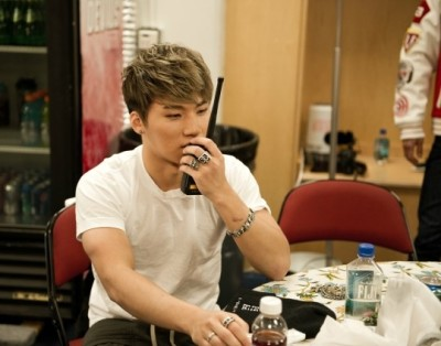 "ygfamilyy:  Daesung - 130117 Naver Star Column (Part 2)! (""What I looked like at the waiting room in NY^^"") Wait! It's Daesung again! I'm here again because there's another episode that I didn't say. ^^ After we finished LA concert, we were going to NY for NJ concert. All the flights was canceled because of heavy snow in NY, except only one flight! All members and staffs took that airplane and were going to NY, We arrived at Buffalo airport, not JFK. While everyone got confused, we could hear an in-flight announcement. It said we couldn't go to the JFK airport because of bad weather. The concert was near at hand, we tried to find the way to NY, we could only take a bus and it took more than 10 hours. ㅜㅜ If we took bus, we only had time to change our clothes and we should be on the stage immediately. While our manager hyungs and staffs tried to find measures, there was another in-flight announcement. It said we could go to the NY if we waited only 1 hour! We were so worried but we had still a faint hope. So we was waiting inside the plane. There were Seungri talking to foreigner, Jiyong hyung listening to music and Young Bae hyung talking to dancer hyungs and noonas. I was taking Roasted Seaweed Snacks away from staffs and eating. And an hour passed. And then finally we could make a landing. I thought 'finally we are here in NY' and then! The plane shook. I've met many turbulence but it's very severe. All kinds of thoughts went through my mind like a flash, in a very short time. But anyway, the flight landed safely. I was not the one who got frightened, I could see many people who gave standing ovations. Hahaha~^^  We could perform far harder because it's really hard to meet NY fans, and they enjoyed our concert impassioned  (They seemed like they knew how we could be there lol) NY Fans, Fighting~^.^ Next time, there will be TOP's world tour story. ^^ Source: Naver Translated by: bigbangupdates"