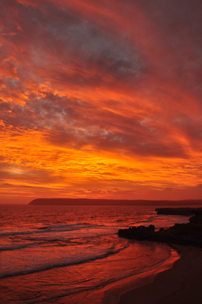 vurtual:  Fire in the Sky (by Dion1975)