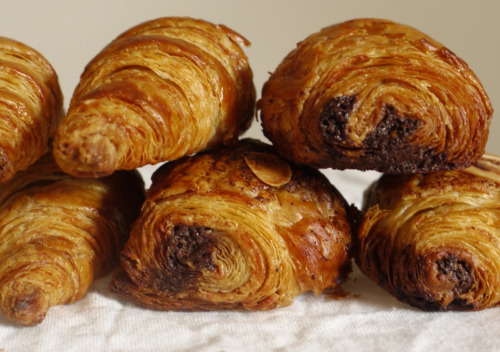 foodopia:  pain au chocolat: recipe here