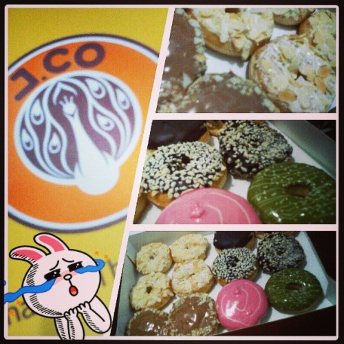 #J.Co #donut with #love from mahal! #foodgasm #food #imaginarydiet #burp!