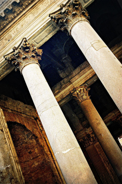 evocativesynthesis:  Il Pantheon (by Sicilian Adventure)