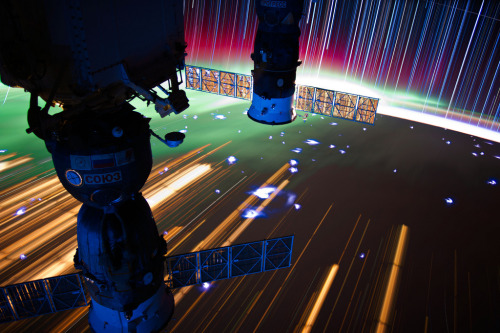 Don Pettit. ISS Star Trails. 2012.