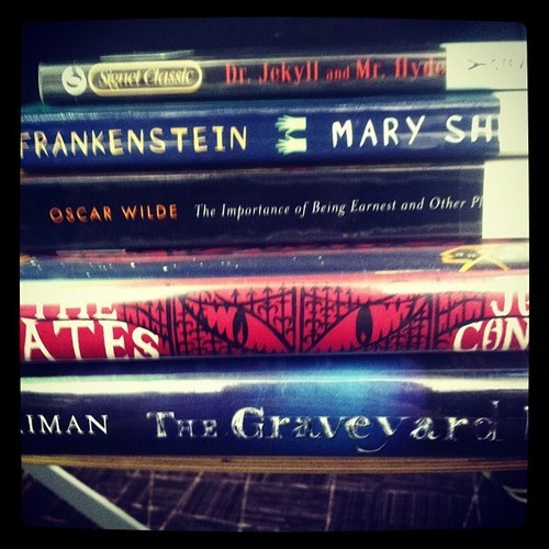 dantel666:  Books to read! #life #books #library #reading
