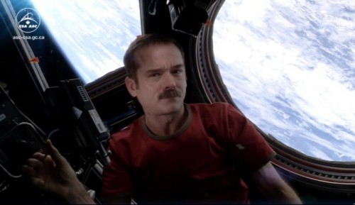 WATCH THE FIRST MUSIC VIDEO MADE IN SPACE BY @CMDR_HADFIELDby Blaire Bercy http://bit.ly/102R26i