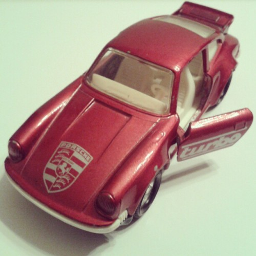 scanzen:  Porsche Turbo. Matchbox Super Kings, 1979.