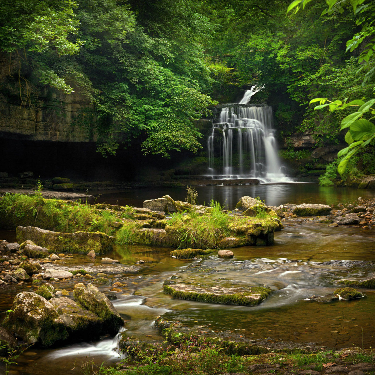 isawatree:  Cauldron Falls at West Burton by ~YorkshireSam