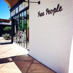 My new work place. Love it. #aplace #fmsphotoaday #freepeople #freepeoplepaloalto #new #sr #stylist #fashion #loveit  (at Free People)