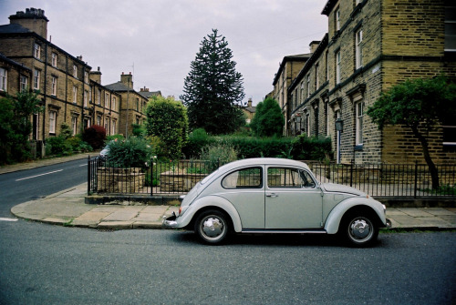 quiescently:  Titus Street, Saltaire (by distortoid)