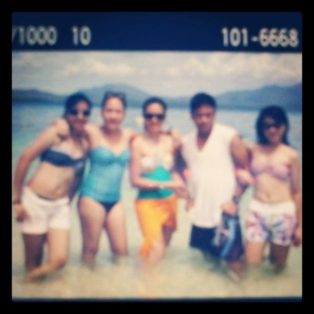 summerrr over a year ago, it's more fun in Palawan. hehe. (a photo inside a photo ;)) @alneaaltre @neramia @markaltre