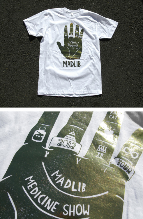 Madlib & Rapp Cats have just released a gold version of the shirt I designed for them a couple of months back. You can pick one up here if you fancy it.