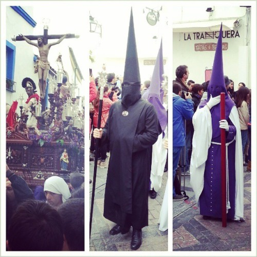 Nice surprise to end our daytrip here in Córdoba. A Semana Santa procession!