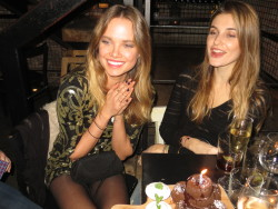poplipps:  Alicia Rountree and Alizee celebrate her bday at Tartinery….