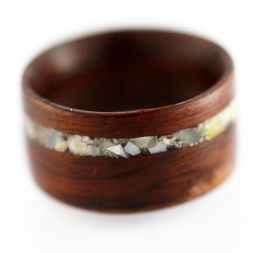 bride2be:  Rosewood and mother of pearl wedding ring