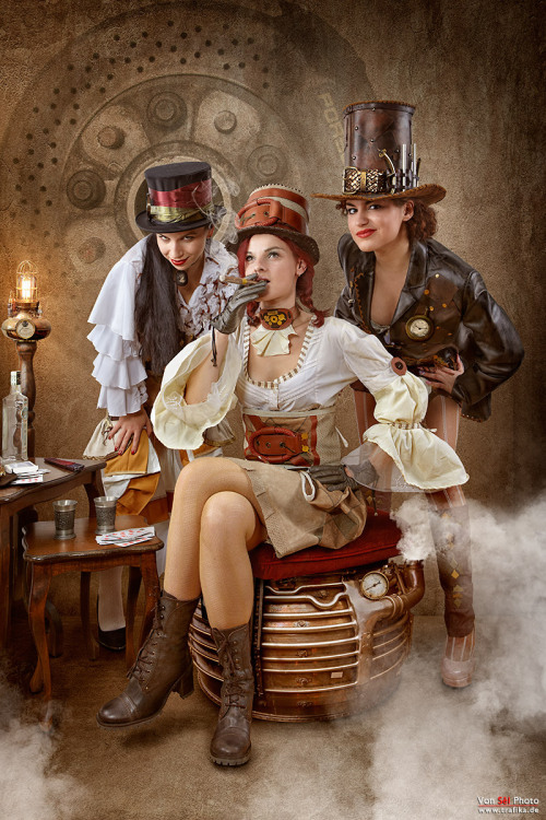 steampunktendencies:  Steampunk Bandit Queen