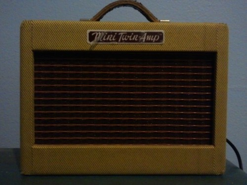 Amping it up, the mini amp-style!