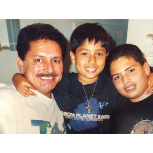 #tbt with my pops brother. Sportin one of my fav space t's at the time and bling bling cheesus piece😎🌌 #the90s #telemundo #stonecoldsteveaustin #cheesuspiece #blingbling