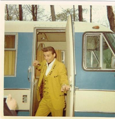 jspong:  Waymore's trailer RV. thechicletranch:  Waylon